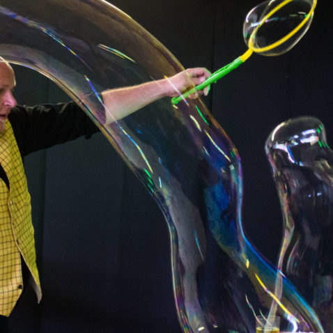 Science of Bubbles with Fun Scientists